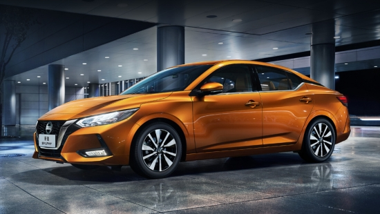 Nissan Sentra sedan launches in America with one engine